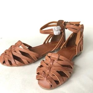 NWOT Mia Brown Leather Gladiator Sandal